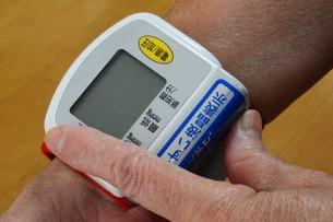 血圧測定の写真素材 [FYI01215328]