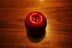 林檎の写真素材 [FYI01215739]
