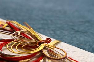日本のお祝いをイメージしたご祝儀袋のクローズアップ写真の写真素材 [FYI01216109]