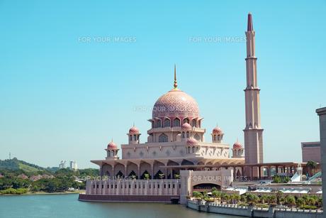 マレーシアのピンクモスクの写真素材 [FYI01216465]
