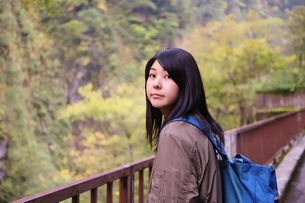 立山黒部アルペンルート紅葉の旅の写真素材 [FYI01216736]