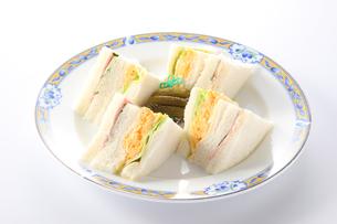 玉子サンド ハムサンドの写真素材 [FYI01217477]