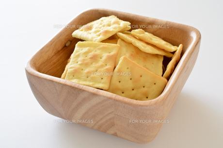 チーズクラッカーの写真素材 [FYI01217626]