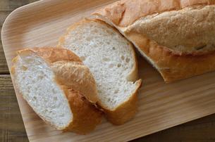 フランスパンの写真素材 [FYI01217784]