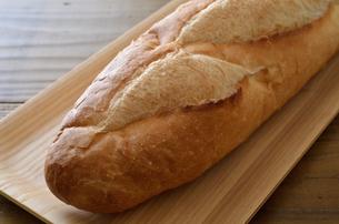 フランスパンの写真素材 [FYI01217786]