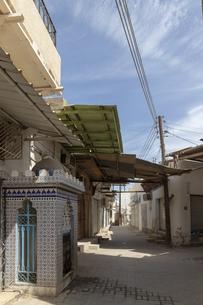 オマーン国の首都マスカット旧市街地マトラの路地裏の写真素材 [FYI01218321]