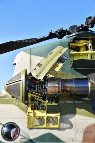 CH-47Jのエンジンの写真素材 [FYI01219075]