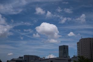 都会と雲の写真素材 [FYI01219804]