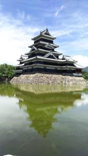 国宝 松本城  烏城の写真素材 [FYI01219934]