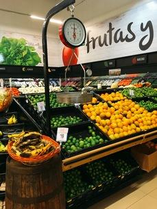 メキシコのスーパーの写真素材 [FYI01220026]