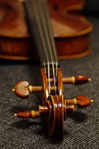 バイオリンの写真素材 [FYI01221199]