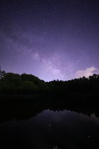 長野県の星空の写真素材 [FYI01221486]