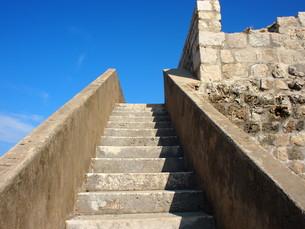 空への階段(ドゥブロヴニク)の写真素材 [FYI01221896]