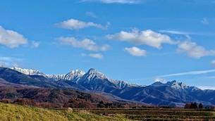 雪を被った八ヶ岳の写真素材 [FYI01222566]