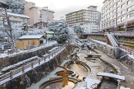 有馬温泉 温泉街 雪景色の写真素材 [FYI01222873]