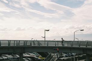 歩道橋の写真素材 [FYI01224037]