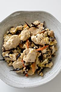 炒り豆腐の写真素材 [FYI01224372]
