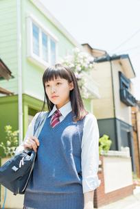 女子高生 登下校の写真素材 [FYI01224703]