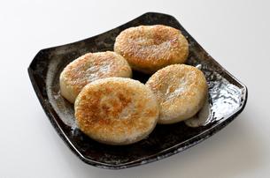 にら饅頭の写真素材 [FYI01224747]