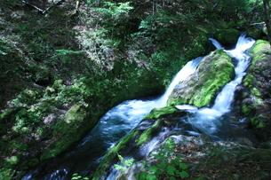 八千穂高原の滝の写真素材 [FYI01225000]