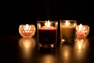 宮古島/ろうそくの灯りの写真素材 [FYI01225961]