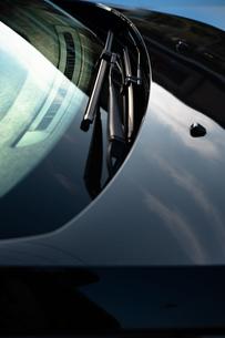 自動車のワイパーウインドウの写真素材 [FYI01225973]