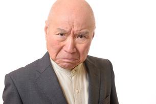 怒り顔のビジネスマンシニアの写真素材 [FYI01226302]