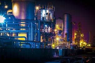 川崎工業地帯の夜景の写真素材 [FYI01226606]
