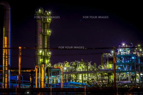 川崎工業地帯の夜景の写真素材 [FYI01226613]