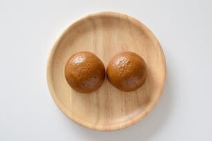 黒糖饅頭の写真素材 [FYI01226831]