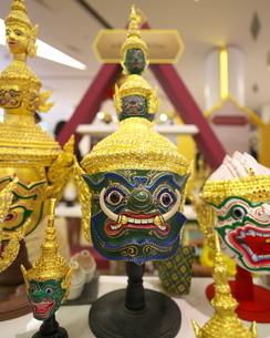 タイ舞踊で使われるコーン・マスク(魔神の仮面)の写真素材 [FYI01227086]
