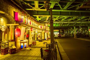 夜の新橋の写真素材 [FYI01227474]