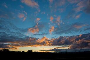 夕焼け空の写真素材 [FYI01227738]