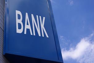 BANKの屋外看板の写真素材 [FYI01228329]