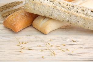 フランスパンの写真素材 [FYI01230775]