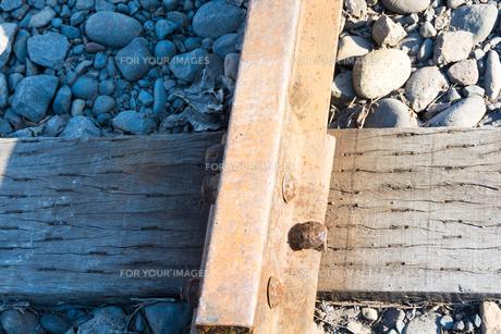 錆びた線路の写真素材 [FYI01231621]
