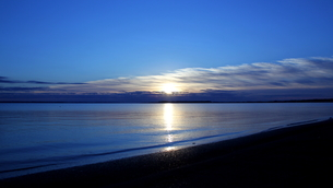日の出の写真素材 [FYI01231820]