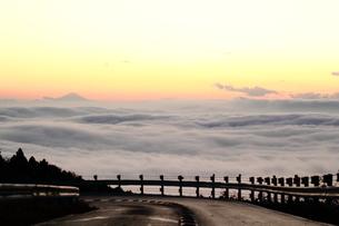 筑波山の雲海の写真素材 [FYI01231865]