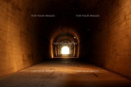 佐多岬のトンネルの写真素材 [FYI01231876]