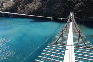 夢の吊橋の写真素材 [FYI01231892]