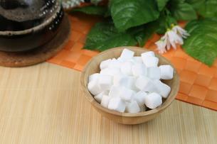 角砂糖の写真素材 [FYI01231902]