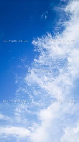 青空と流れる雲の写真素材 [FYI01231915]