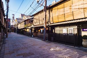 京都祇園周辺の街並みの写真素材 [FYI01232079]