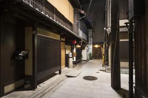 京都祇園周辺の街並みの写真素材 [FYI01232080]