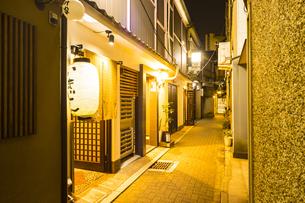京都祇園周辺の街並みの写真素材 [FYI01232083]