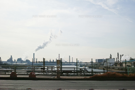 川崎の工業地帯の風景の写真素材 [FYI01232113]