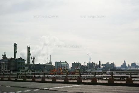 川崎の工業地帯の風景の写真素材 [FYI01232114]