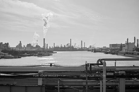 川崎の工業地帯の風景の写真素材 [FYI01232167]