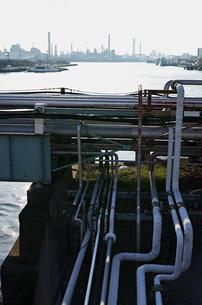 川崎の工業地帯の風景の写真素材 [FYI01232168]