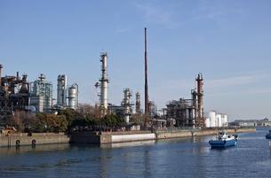 川崎の工業地帯の風景の写真素材 [FYI01232176]